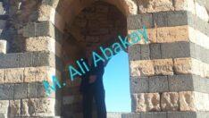 Yıkık Şehir / M. Ali Abakay