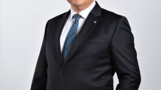 """Abdi İbrahim'e ilaç sektöründe """"yılın en itibarlı şirketi"""" ödülü"""
